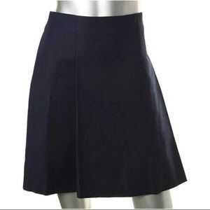 💗Stunning Navy pleated skirt size 8..